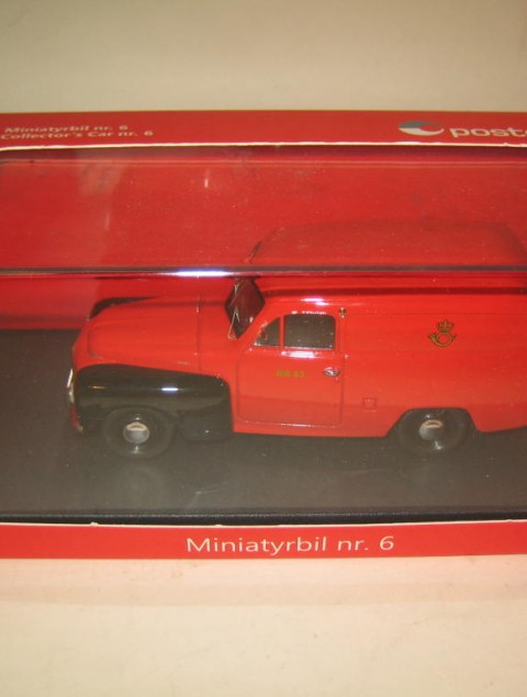 SMNC002 Volvo Duett 1956 Posten Norway in the Norwegian Post design box