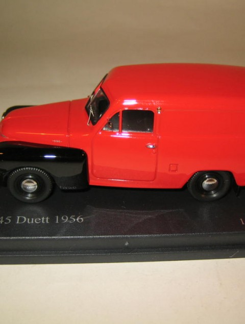 SMNC006 Nordic Collection Troféu Volvo 445 Duett 1956 red/black side view