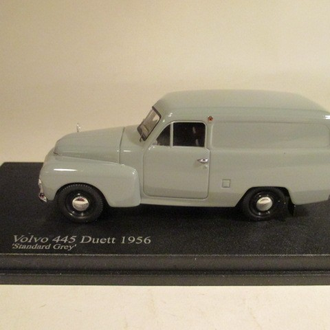 SMNC008 Nordic Collection Troféu Volvo 445 Duett 1956 standard grey side view