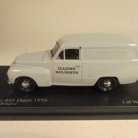 SMNC009 Nordic Collection Troféu Volvo 445 Duett 1956 Illums Bolighus side view