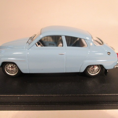SMNC013 Nordic Collection Troféu Saab 96 arctic blue left hand drive side view