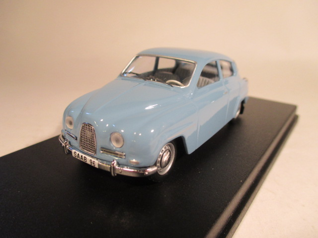 SMNC013 Nordic Collection Troféu Saab 96 arctic blue left hand drive front view