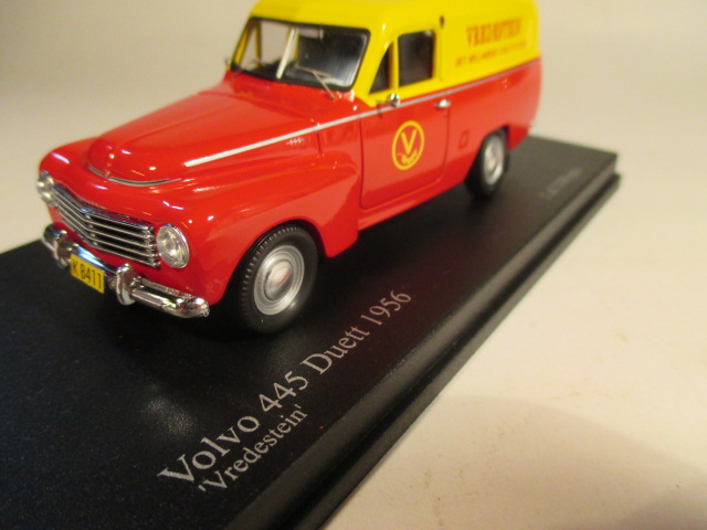SMNC015 Nordic Collection Troféu Volvo 445 Duett 1956 Vredestein front view