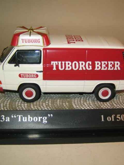 SMNC029 Nordic Collection Volkswagen VW T3a Tuborg side view