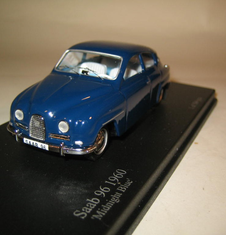 SMNC031 Nordic Collection Troféu Saab 96 1960 midnight blue front view